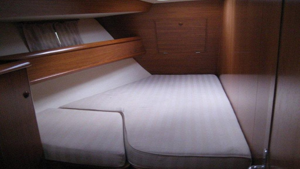 bedroom on boat without sheets